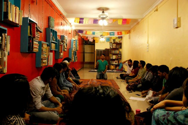 image of THE POETRY CLUB