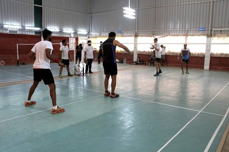 image of Crazzy Shuttlers